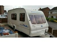 2003 Bailey discovery 200 4 birth caravan