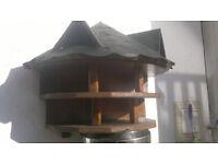 Bird table/bird house