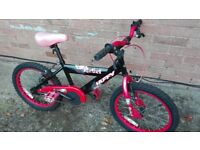 Young boys 14 inch bike with FREE lock