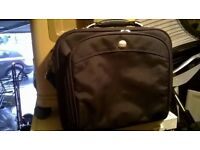 Dell 15.6 inch laptop bag with padded shoulder strap perfect central London bargain