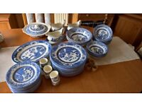Old Willow English Stoneware Tea and Dinner service