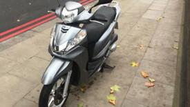 Honda sh300 abs 2011