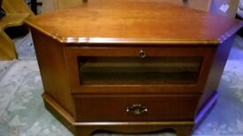 Corner TV cabinet in Rosewood veneer
