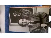 john gardner licence renewed hb book, 1st edition mint . grab a bargain!!!