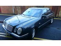 MERCEDES-BENZ E230 AVANTGARDE A AUTOMATIC (black) 1998