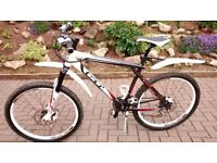 """Mountain Bike - GT Aggressor XCR 20"""" frame. Good Condition. £450 ono BARGAIN Great Christmas present"""