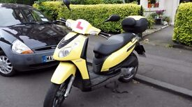 Piaggio Carnaby 125cc 2008 Yellow Scooter for sale (Used)