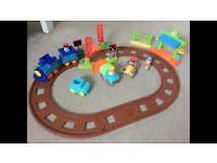 Elc happyland Train and car set