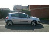 2006 (56) Renault Megane 1.6 Dynamique - 5 door. 10 months' MOT and full service history.
