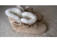 Soft slipper boots