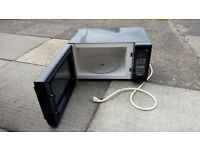 Salton microwave oven. NOTE: from N America so 120V