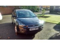 Ford focus zetec , one owner from new , FSH , new tyes ,mot,taxed, excellent condition , 5 door