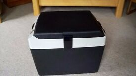 Mobicool Hot & Cold mobile food storage box