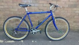 MANS BRITISH EAGLE MOUNTAIN BIKE