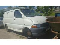 Toyota Hiace 2.5d4d *** BREAKING FOR PARTS