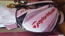 TAYLOR MADE TOUR GOLF BAG