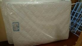 New King Size Mattress Pocket Sprung with Memory Foam Topper Free delivery or collection