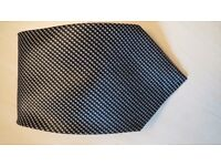 Smart patterned tie. black -gray. Used. Good Condition