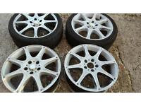 Set of 4, 17 inch alloys. 2 have tyres, 1 tyre is good the other not so good. Read description