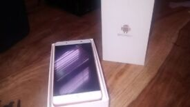Brand new android phone 5'5 inch screen