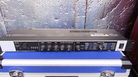 ZOOM RFX-1100 Digital Reverb & Multi Effects. VGC