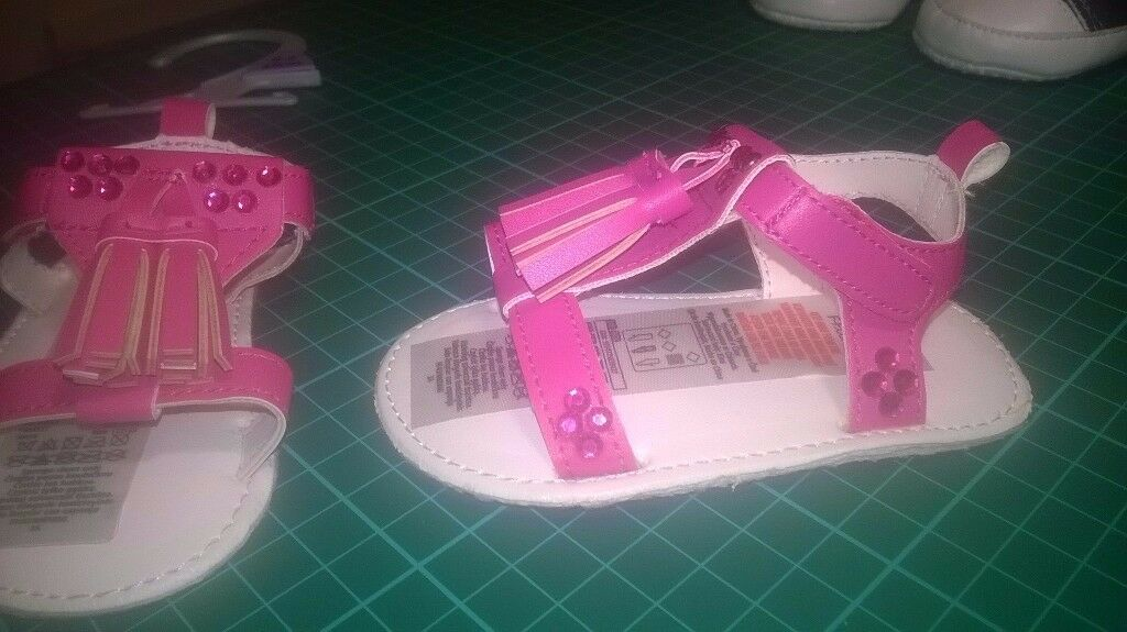 Pink diamante embellished sandals - NEW -0-6 months