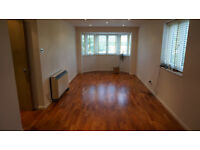 Clapton E5. **AVAIL NOW** Large, Light & Modern Newly Redecorated 3 Bed Flat. Parking & River Views