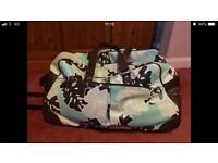 Quicksilver trolley luggage bag