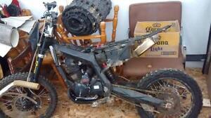 2010 GIO 250 Dirtbike