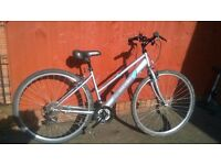 Apollo Excelle Ladies Hybrid Bike...Good Condition.. Ideal for Commuting or Recreation..£65.00