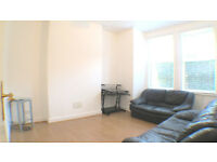 Stunning two bedrooms flat with private garden for only £1,250 per month