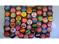Job Lot Novelty Pin Badges x 1080 plus pencils &keyrings