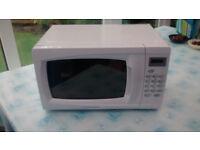 cookworks microwave em717 ckl hardly used, like new