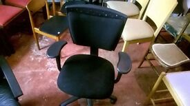 Black Modern Ergonomic Office Chair in Great Condition