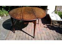 Antique gate leg drop leaf table