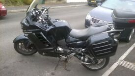 ASKING PRICE REDUCED! KAWASAKI GTR1400, IN BLUE, RECENTLY SERVICED AND NEW MOT UNTIL 1/9/19