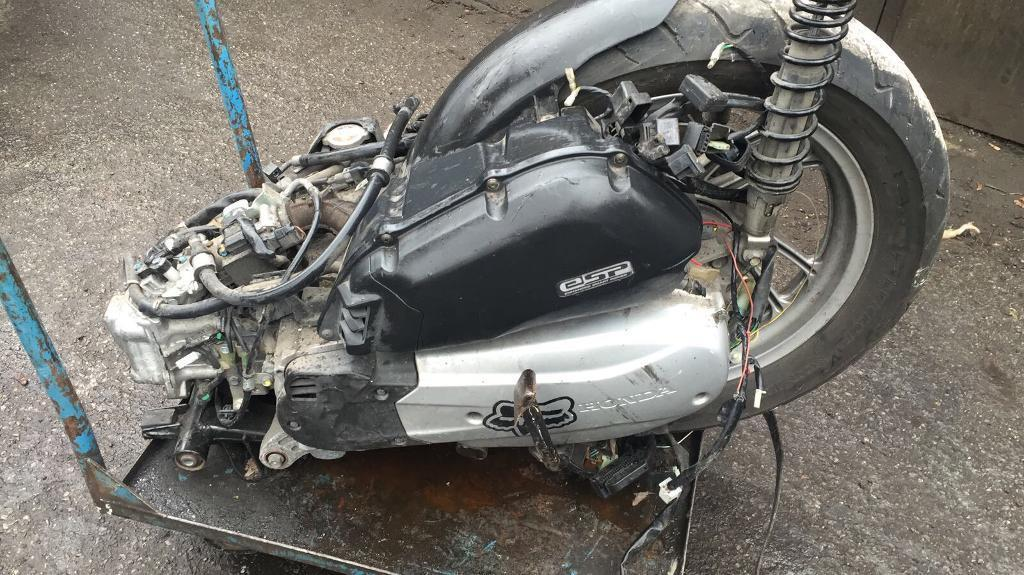 Honda sh 125 2015 engine complete | in Newham, London ...