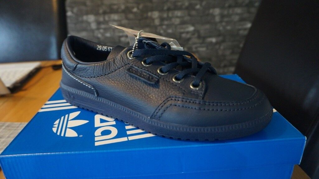 Adidas Spezial Noel Gallagher edition size 9 trainers.  b1dcb8b3f