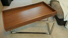 Walnut coffe table with removable tray.