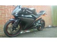 Yamaha yzf r125_2014_very low millage_well looked after_delivery available.