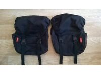 2 matching phil & teds changing bags.. like new! £10 each/ £15 both