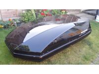 Exodus 470L roof box for sale - glossy black