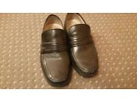 Mens Clarks black leather shoes size 6 extra wide fitting