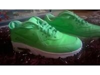 ladies nike airmax trainers size 5.5