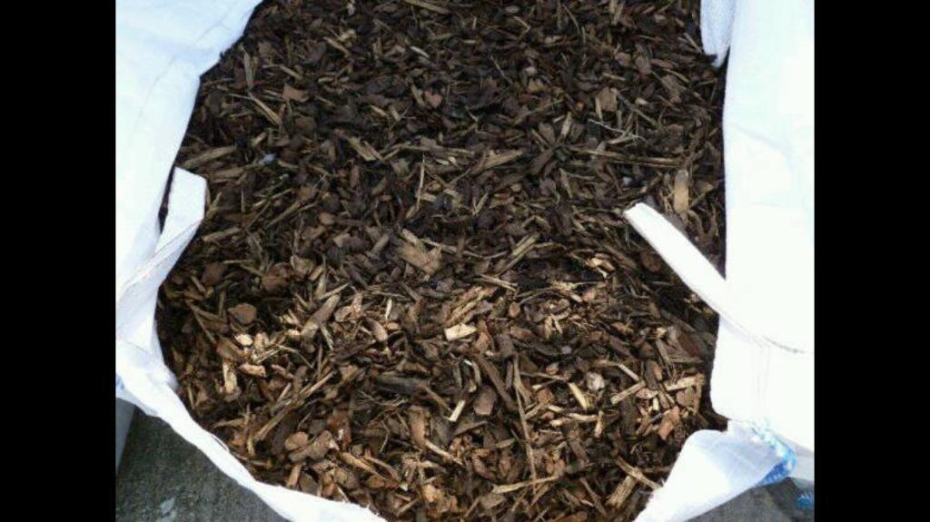 MASSIVE bag of bark / mulch / chicken run ground cover