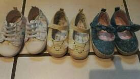3 pairs pram shoes 12-18 months excellent condition