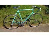Bianchi 61cm Road Bike Modello Cinelli 105 Mavic