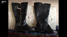 Extra wide calf boots size 6eee worn once