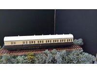 00 Model Railways Airfix coach