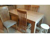 Dinning room table x 6 chairs